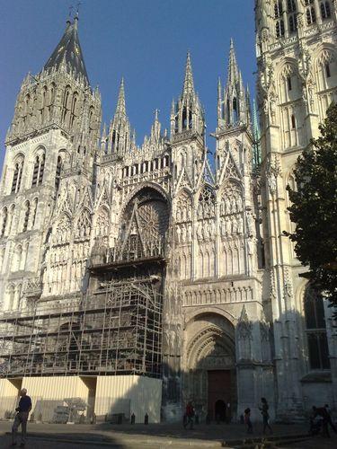 La cathédrale, toujours en travaux !